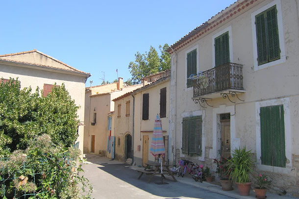 Peypin DAigues Luberon Provence