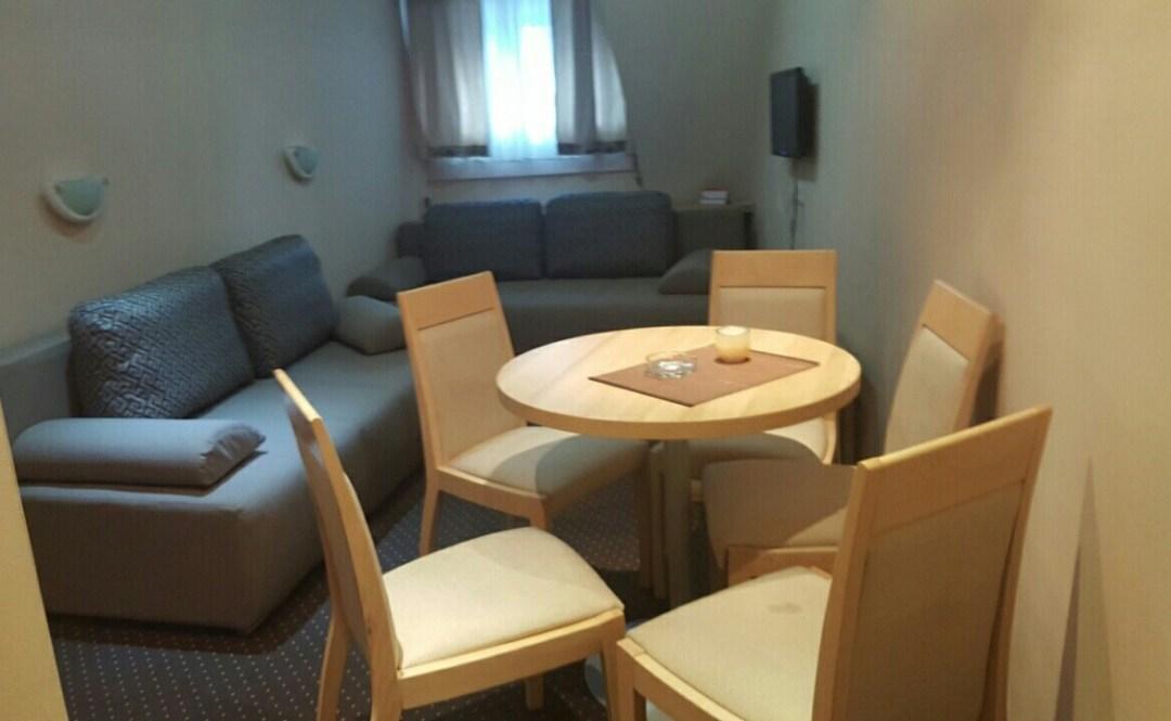 Apartman M6 – KONACI – apartman za 6 osoba