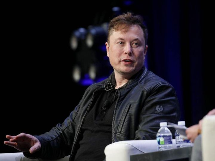 Elon Musk tweets criticism of COVID-19 lockdown