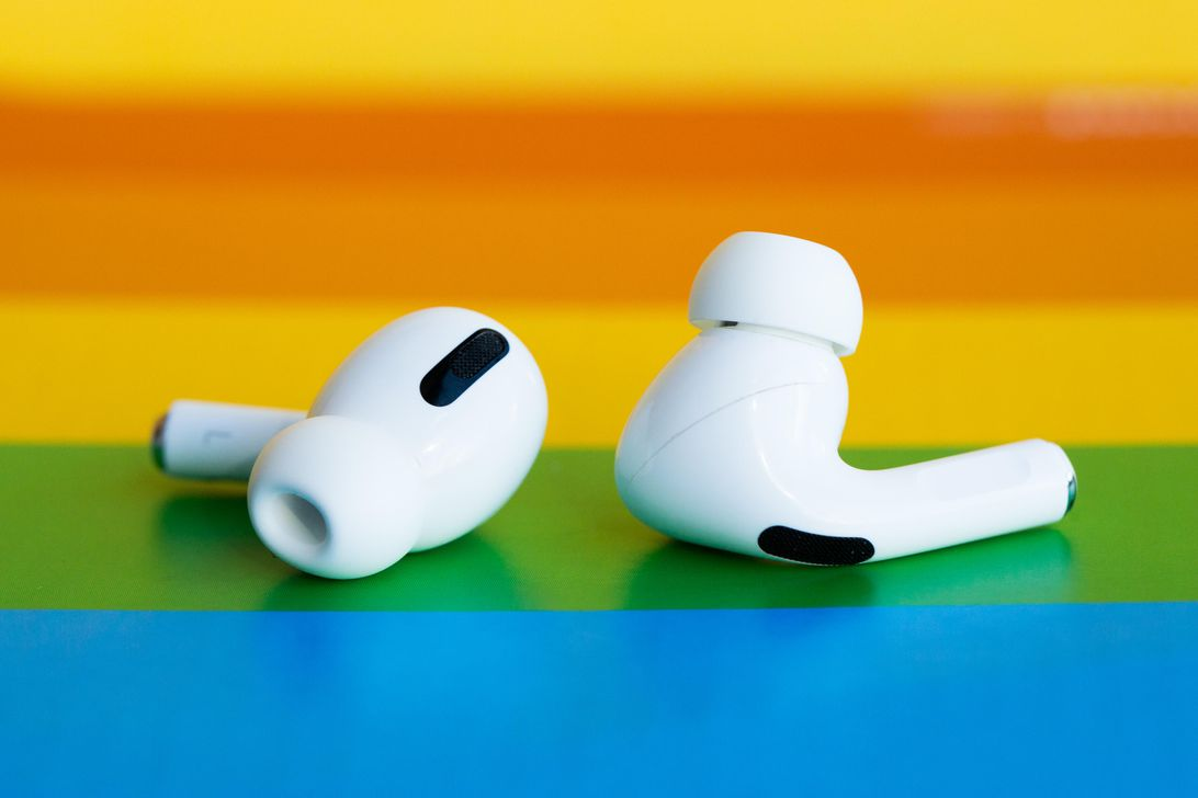Apple is replacing faulty AirPods Pro earbuds for free