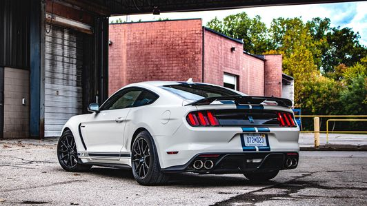 2020-Ford-Mustang-Shelby-GT350-Heritage-Edition-2