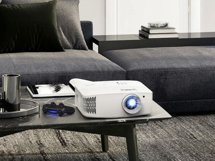 Save $200 on the gaming-ready Optoma UHD30 4K projector