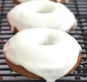apple-spice-donuts