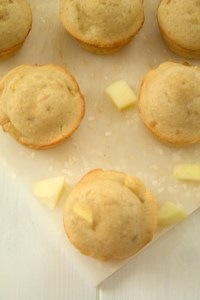easy-apple-muffins-2