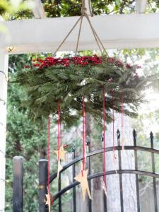 wreath-mobile