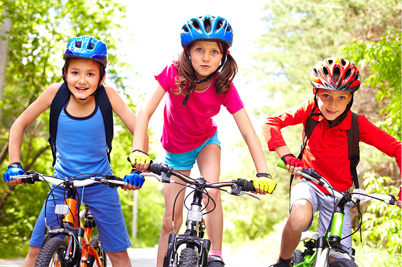 why children need to wear helmets