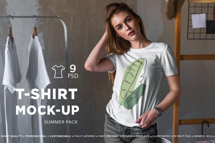 T-Shirt Mock-Up Summer Pack