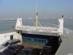 Auto's op de veerboot van Vlissingen naar Breskens