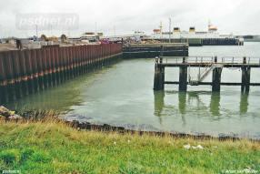 Eind jaren 90 werden de grote sluisdeuren van Vlissingen dichtgemaakt aangezien er geen grote schepen meer gebouwd werden op de Stadswerf. Hier is de grootste deur dichtgemaakt.