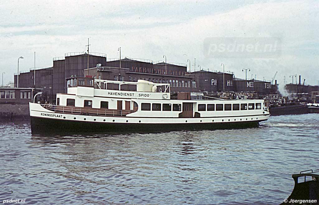 Koningsplaat terug als rondvaartboot in 1955