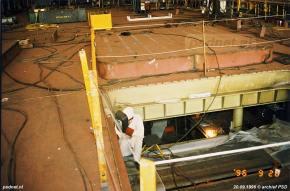 In het hoofdrijdek zitten verschillende uitneembare luiken verstopt om eventueel machineonderdelen uit de machinekamer te kunnen takelen.
