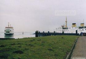 De veerhaven van Kruiningen werd tijdens de Tweede Wereldoorlog geopend, in 1943 om precies te zijn. In 1953 raakt de haven zwaar beschadigd tijdens de Rampnacht.