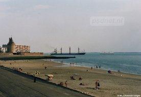Een vertrouwd beeld voor jaren, je zag altijd wel een PSD-veerboot als je over de Boulevard van Vlissingen liep en over het strand uitkeek.