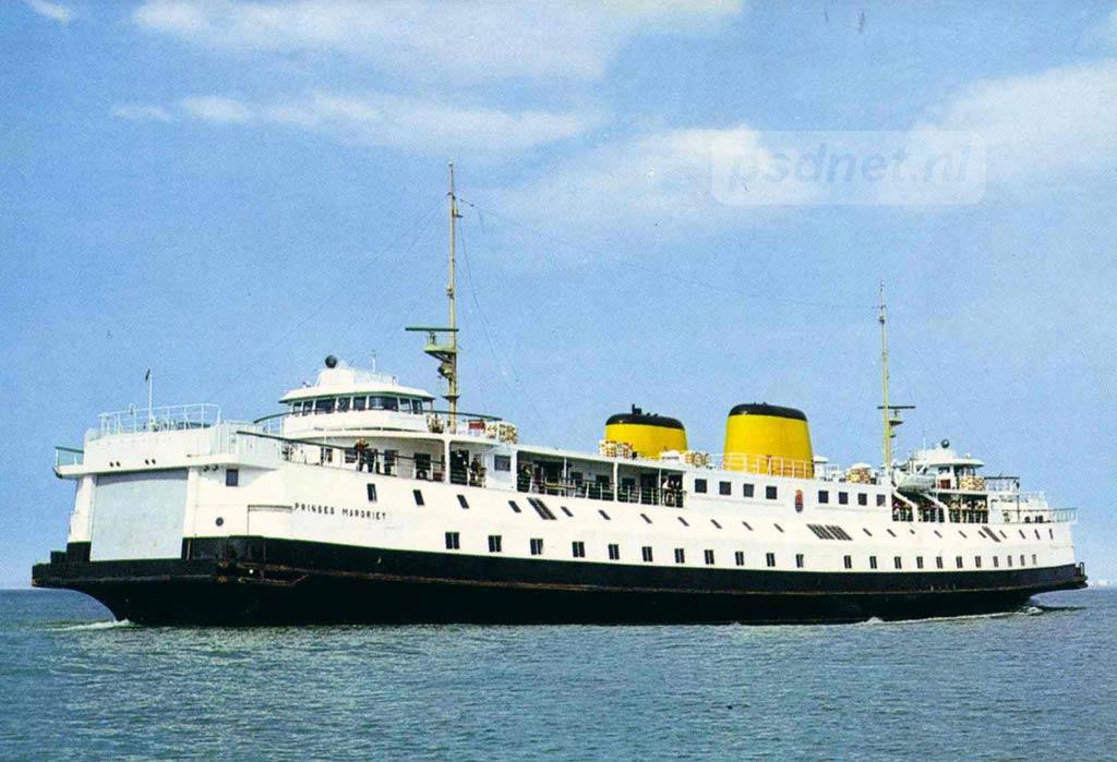 Een bekende ansichtkaart met daarop de Provinciale boot Prinses Margriet. Zelfs nog na het einde van de PSD in 2003 kon je deze ansichtkaart kopen in diverse Zeeuwse zaken, zoals in Cadzand, Breskens en Vlissingen.