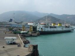 SMS Kartanegara - In de haven van Merak