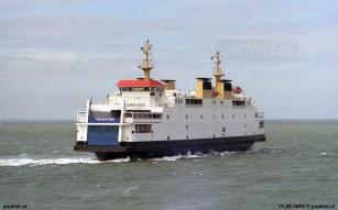 De Koningin Beatrix heet voortaan Tremestieri en maakt op 11 juni 2004 een laatste afscheidsrondje voor de Vlissingse Boulevard voordat het schip definitief uit Zeeland vertrekt.