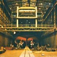 Vooraanzicht van de nieuwste Zeeuwse veerboot Prins Johan Friso, in 1996 in aanbouw bij de Vlissingse scheepswerf De Schelde.