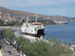 De Amedeo Matacena (Prinses Juliana, 1986) aan de kade in Messina. Het schip heeft vooral in 2005 dienstgedaan en ligt verder nagenoeg stil in Italië.