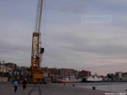 De Athos Matacena (1970) ligt er eenzaam bij in de veerhaven van Reggio di Calabria.
