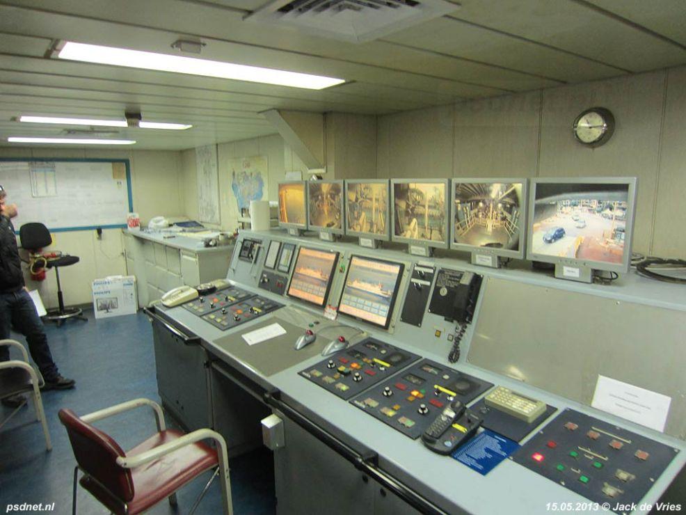 In de controlekamer (2)