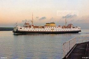 Een avondfoto van de Prinses Margriet, gezien in Vlissingen. Tot 1995 heeft de Margriet voor de PSD gevaren. Foto: © Ivo Bril