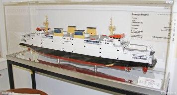 Scheepsmodel van de PSD-veerboot Koningin Beatrix, zoals is laten vervaardigen door de scheepswerf.