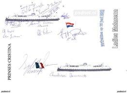 Voor vertrek uit Vlissingen worden de handtekeningen verzameld van alle bemanningsleden van de Ladies Matacena.