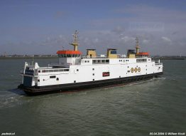 De Prins Johan Friso werd als vijfde dubbeldeksveerboot gebouwd voor de PSD en heeft in 2003 en 2004 gevaren als voetveer Vlissingen-Breskens voor BBA Fast Ferries. Lang lag de veerboot in die periode aan de kant wegens motorproblemen. Op 5 april 2004 maakt de Friso voor het eerst weer een proefvaart na maandenlang in de Binnenhaven te hebben gelegen.