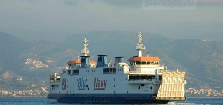 Acciarello-in-de-vaart-bij-Messina