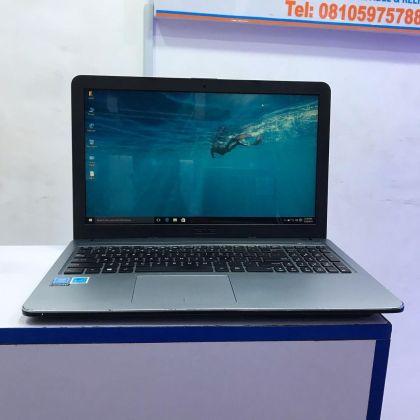 ASUS X504s- Intel Inside – Very Slim -4Gb RAM – 320Gb HDD – 15.6 inch – 1.60 GHz-