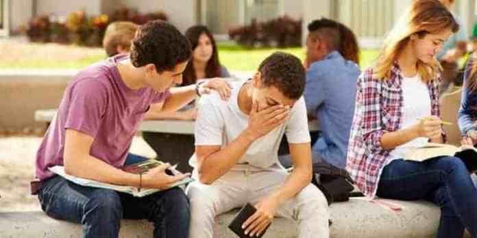 adolescenta kriza