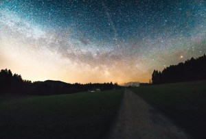 ratenpass-oberageri-switzerland-with-starry-sky-landscape