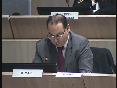 Stéphane Mari intervient sur la réorganisation des services municipaux