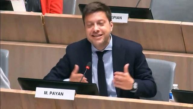 Benoît PAYAN demande un moratoire sur la voiture à PV