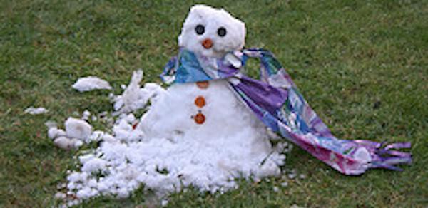 snowman-on-grass