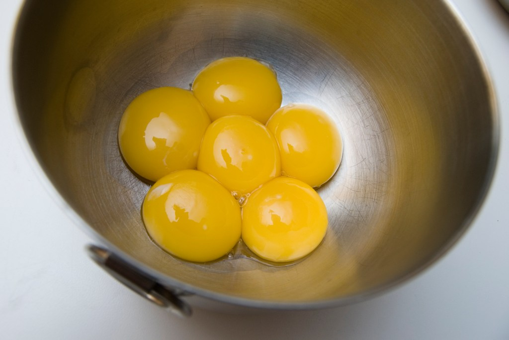 These egg yolks can be replaced with baking soda.