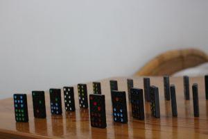 dominos marco lermer 1406710 unsplash - dominos_marco-lermer-1406710-unsplash