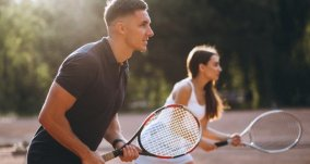 Playing Tennis Beats the Gym When It Comes to Warding Off Muscle Problems