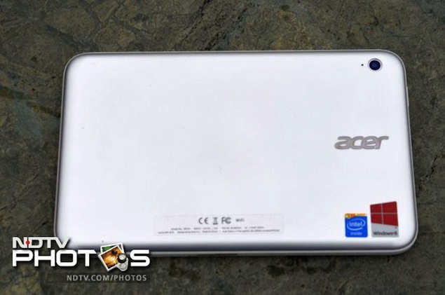 acer-iconia-w3-back
