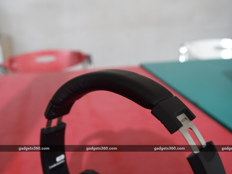 audio_technica_athws770is_band2_ndtv