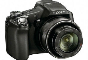 Review: Sony DSC HX100V 1