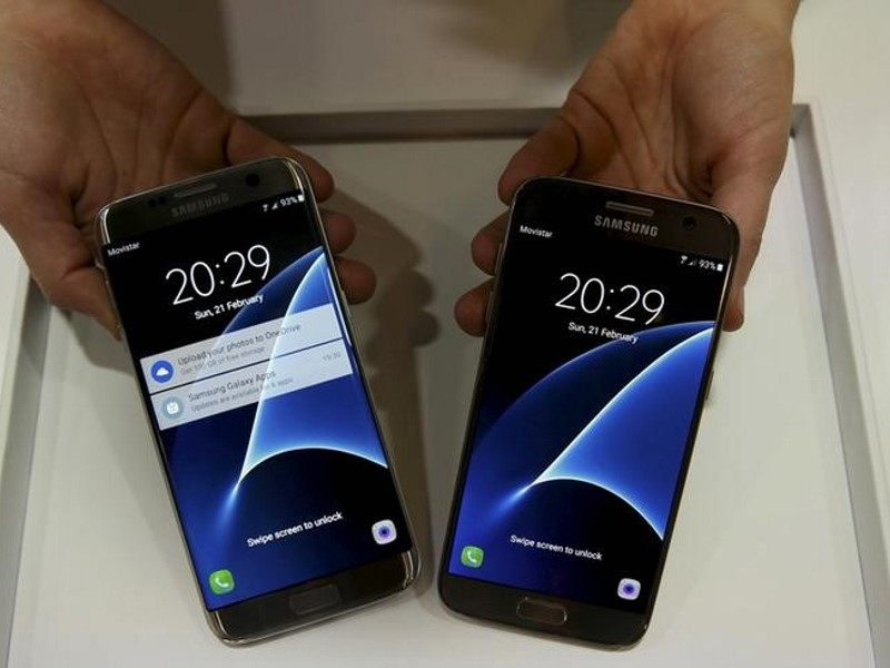 mwc_samsung_galaxy_phones_reuters