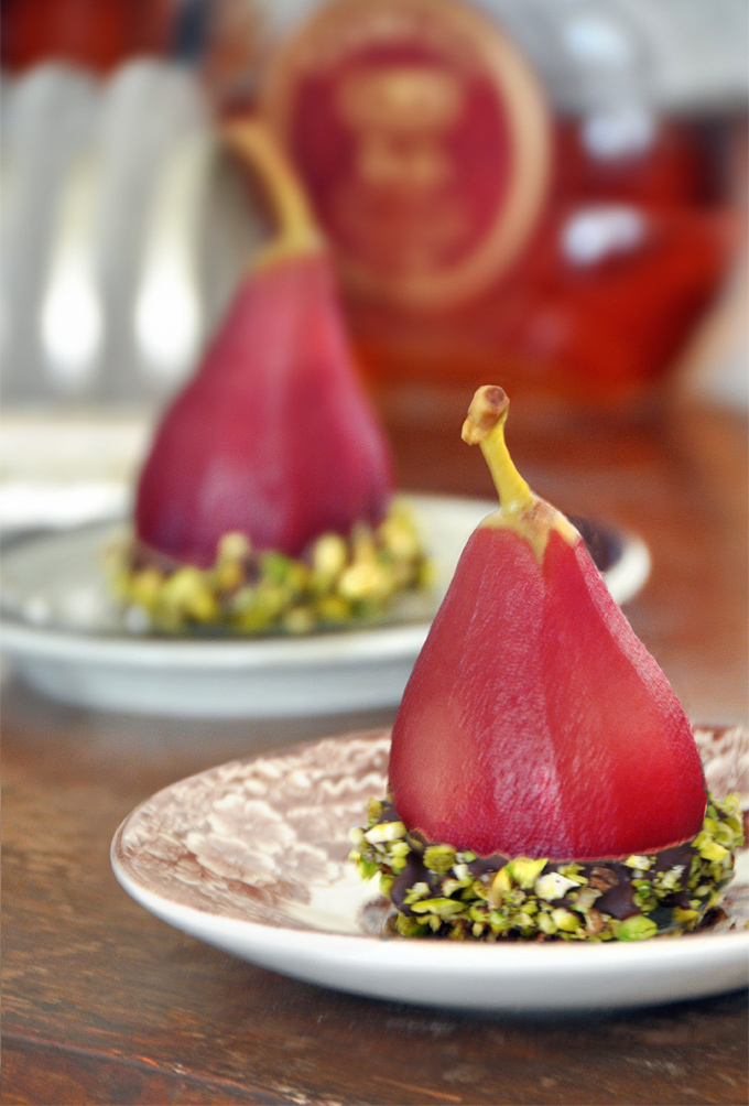 http://www.ptitim.com/wine_poached-pears/