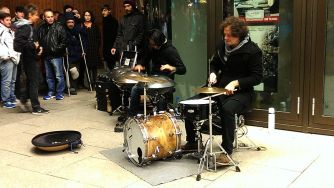 rafael-sotomayor-street-performance-1