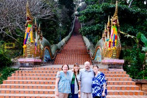 sunrise-at-doi-suthep-temple