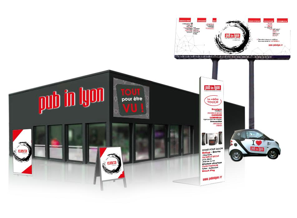 ensemble-signaletique-magasin-enseigne-totem-adhesif-vitrine-panneau4x3-rollup
