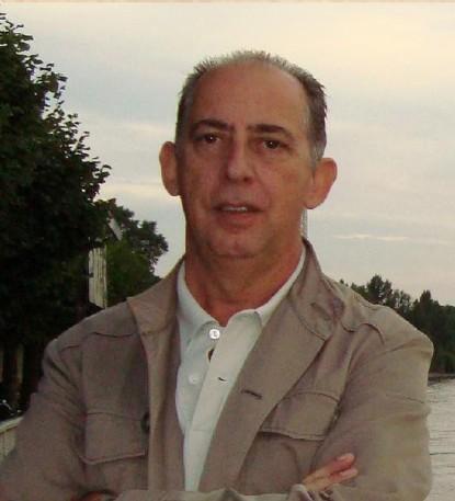 Bernard Molina