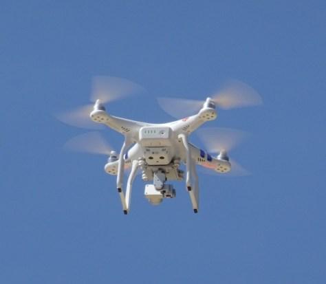 「drone」の画像検索結果