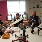 Ellos crean sus propios drones, impresoras 3D y sistemas electrónicos