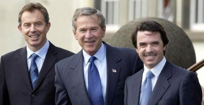 Blair, Bush y Aznar, durante la cumbe de Las Azores que precedió a la invasión de Irak.